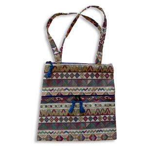 Handtasche, Farbe weicht ab.