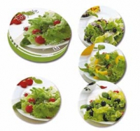 Set aus vier verschiedenen Porzellan-Tellern, 19 cm