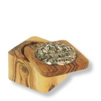 Kleines Olivenholz-Kästchen mit Jerusalem-Medaillon